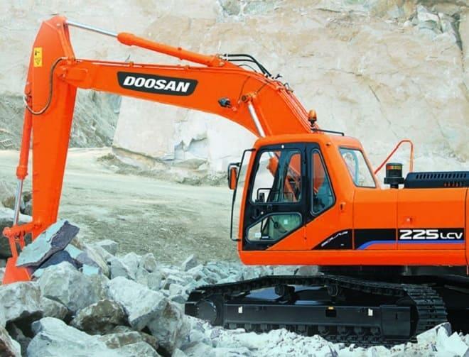 Экскаватор Doosan 225 LC-V