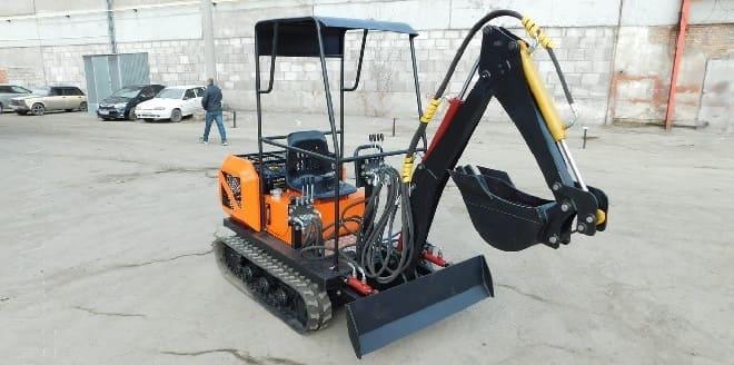 Мини-экскаватор Стронг MC 2000