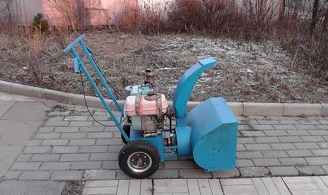 Самодельный снегоуборщик для мотоблока