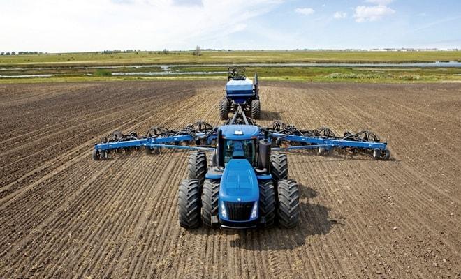 Автоматизированный трактор