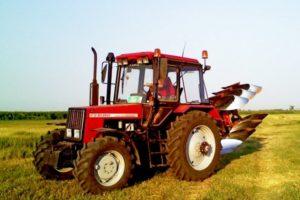 Обзор белорусского трактора МТЗ-1021