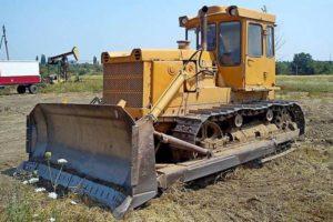 Технические характеристики гусеничного трактора ЧТЗ Т-130