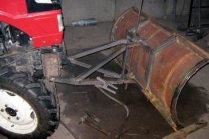 Как сделать лопату-отвал на минитрактор своими руками