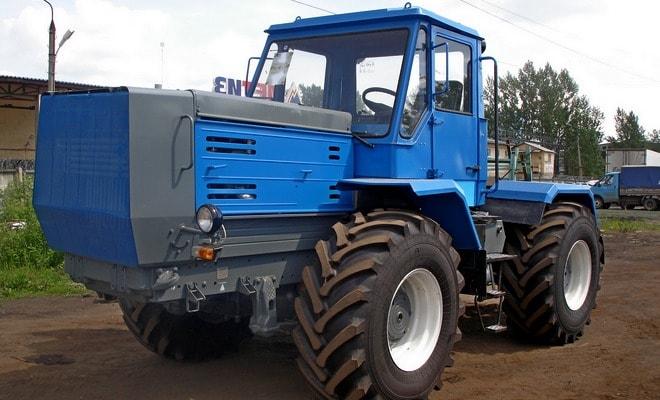 Модифицированный трактор