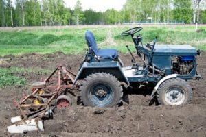 Как собрать самодельный трактор из мотоблока или автомобиля