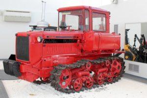 Колесные и гусеничные трактора СССР 🚜: все старинные модели, история, фото