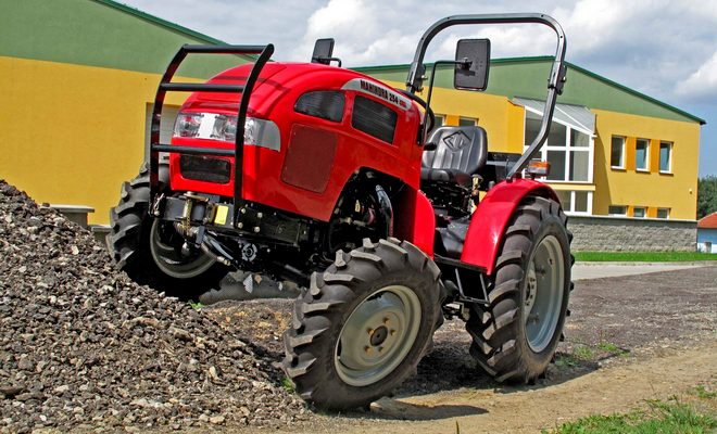 Трактор Махиндра