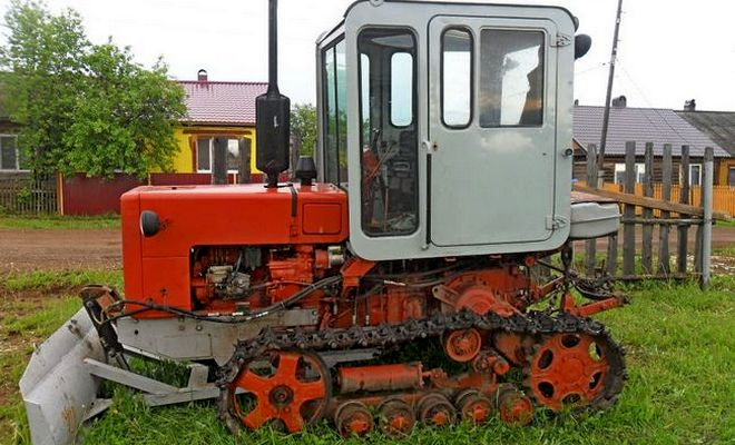 Трактор Молдаван