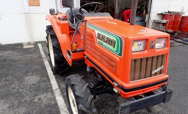 Трактор открытого типа
