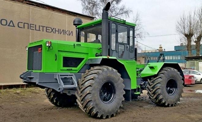 Трактор Петра