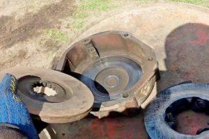 Устройство блокировки трактора МТЗ-80 и других моделей