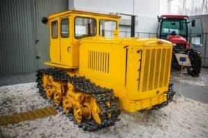 Технические характеристики легендарного трактора ДТ-54 и его модификаций