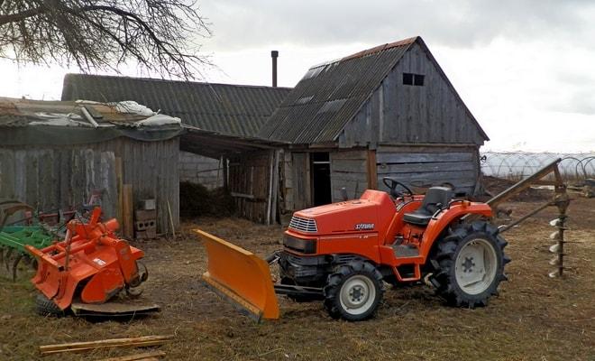 Рейтинг садовых тракторов для дачи и приусадебного участка