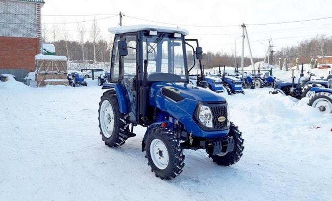 Полноприводный трактор