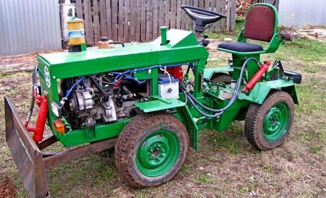 Трактор из старых запчастей