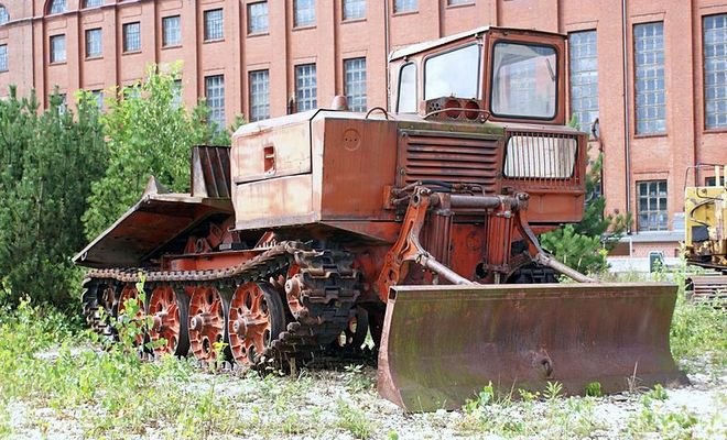 Кабина трелевочного трактора