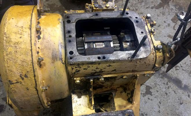 Коробка передач автопогрузчика