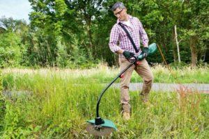 Особенности выбора подходящего ручного электрического триммера для травы