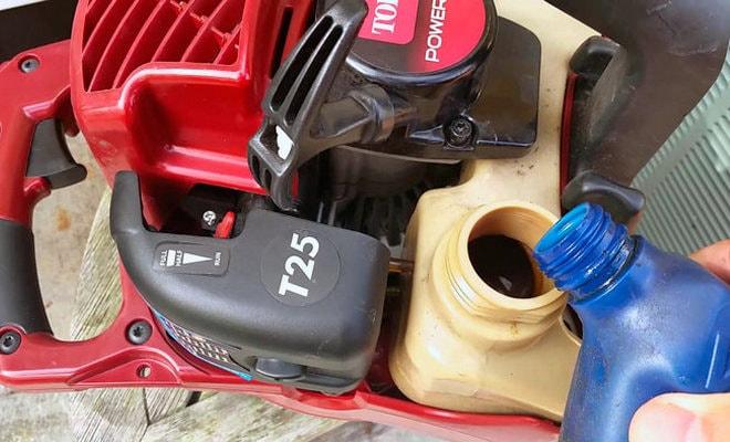 Заправка бензопилы