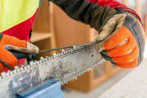 Рекомендации как наточить цепь бензопилы в домашних условиях и предотвратить быстрое затупление