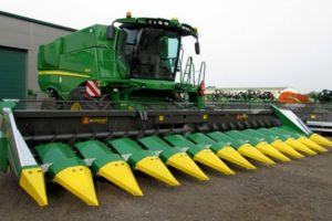 Популярные кукурузные жатки от отечественных и зарубежных производителей