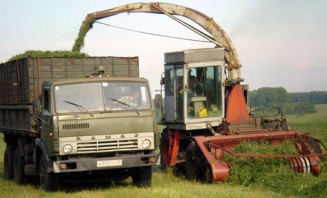 КСК и КамАЗ в поле