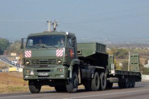 Седельный тягач 6х6 с повышенной проходимостью КамАЗ-65225