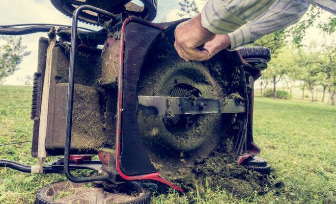 Обслуживание лезвий газонокосилки