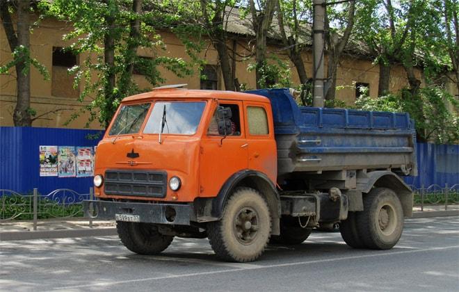 Автомобиль с габаритами 5,785х2,50х2,62 м