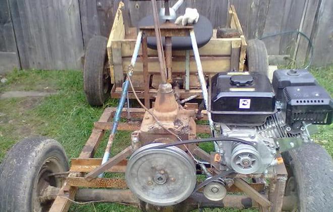 Двигатель агрегата