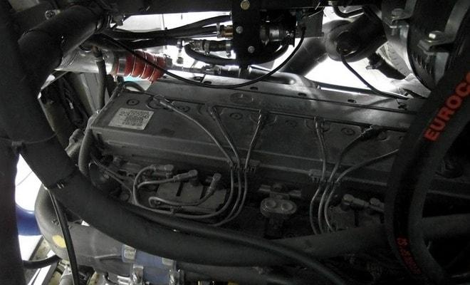 Двигатель Мерседес газ-дизель