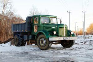 Характеристики грузовика-самосвала МАЗ-205 и нескольких новых популярных модификаций