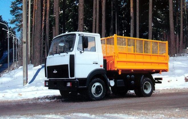 Маневренный грузовой автомобиль