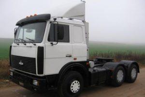 ТОП-7 модификаций грузовой техники МАЗ-6422 и их технические характеристики