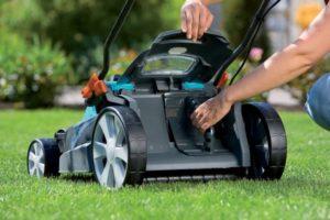 Рейтинги аккумуляторных газонокосилок по цене и отзывам владельцев