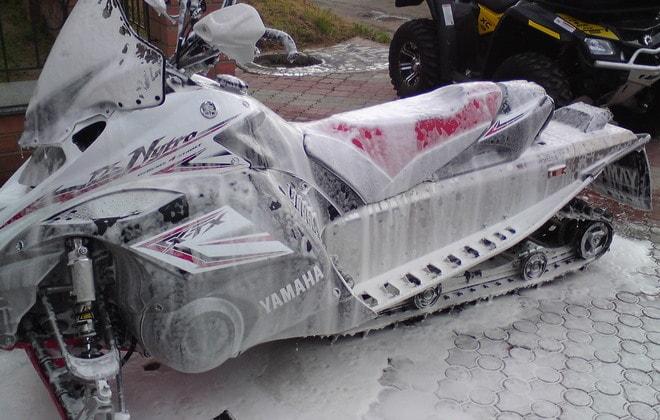 Очистка снегохода