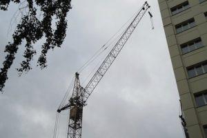 Характеристики строительного самоходного башенного крана КБ-405 и его модификаций