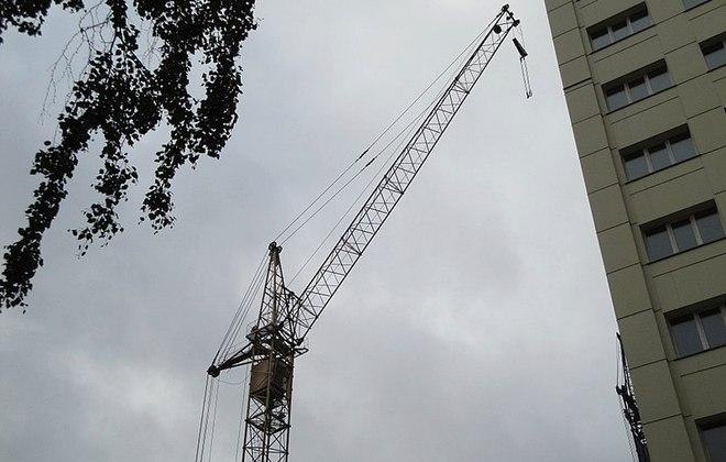 Самоходный башенный кран