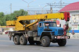 Характеристики автомобильных стреловых кранов КС-45721 на базе отечественных грузовиков
