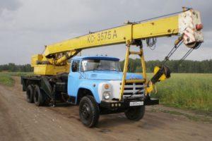 Характеристики и устройство автокрана КС-3575А на разных грузовых шасси