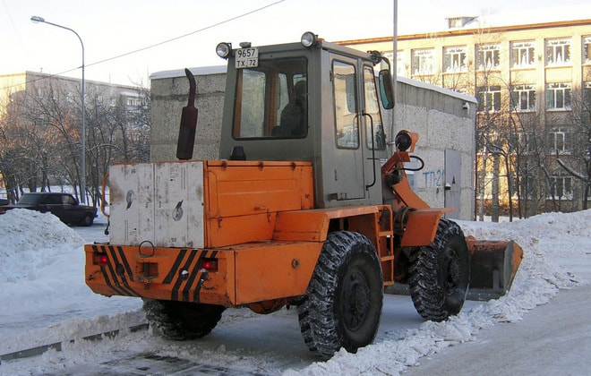 ТО-30 за уборкой снега