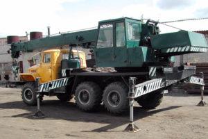 Технические характеристики автомобильной крановой установки КС-3574 на базе Урал-5557