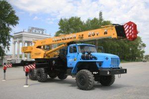 ТОП-3 крана на базе Урал по техническим характеристикам