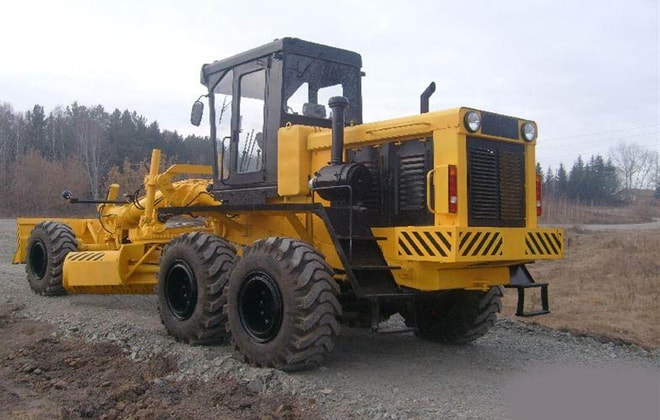 Автогрейдер модели ДЗ-98