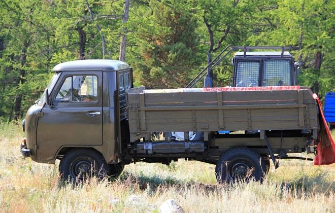 Бортовой УАЗ-3303