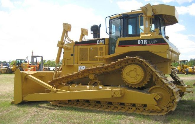CAT D7R