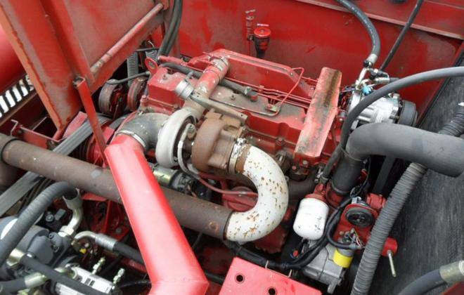 Двигатель комбайна