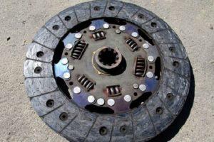 Как отрегулировать лапки и прокачать сцепление УАЗ Буханка, 469, старого образца