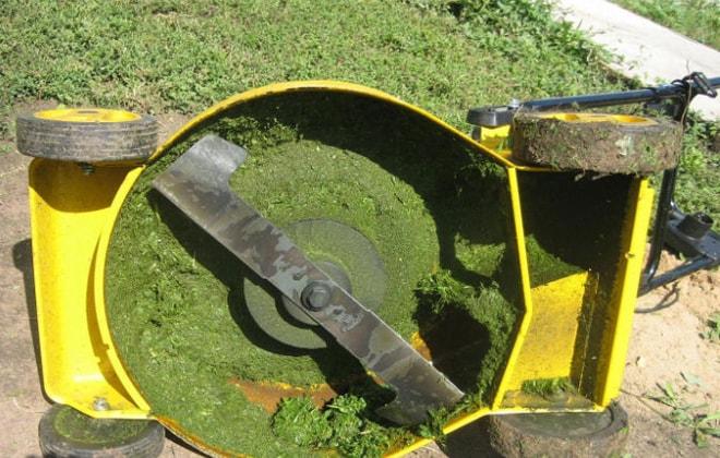Механизм для скоса травы