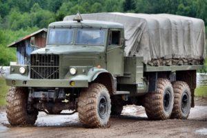Характеристики советского тяжелого грузовика-вездехода КрАЗ-255Б Лаптежник